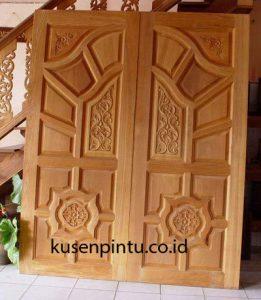 Pintu Ukir Masjid