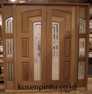 Pintu Utama Mewah